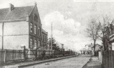 069.jpg (starý obecní úřad - dříve škola)