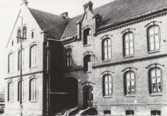 starý obecní úřad - dříve škola