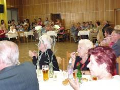 Z oslavy svátku matek vKlubu důchodců Ludgeřovice