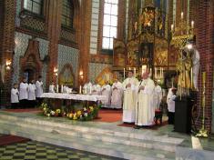 Slavnostní mše svatá ke100. výročí posvěcení ludgeřovického chrámu sv.Mikuláše