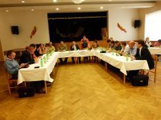 Ze 4.zasedání zastupitelstva obce