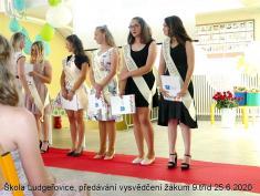 Předávání vysvědčení žákům 9.tříd školy Ludgeřovice 25.6. 2020