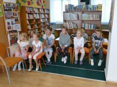 Pasování nových mladých čtenářů vobecní knihovně 21.9. 2018