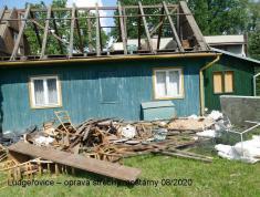 Oprava střechy budovy moštárny
