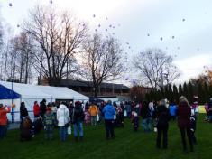 Vypouštění balonků Ježíškovi