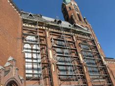 Výměna střešní krytiny najižní straně hlavní lodi ludgeřovického kostela