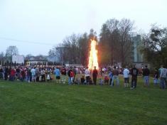 Z tradičního pálení čarodějnic nahřišti TJ Ludgeřovice